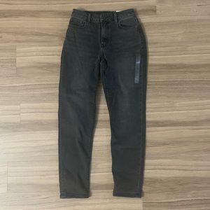 Mom Jeans NWT